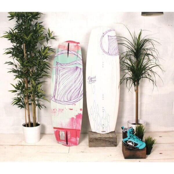 liquid-force-angel-wakeboard-with-plush-bindings