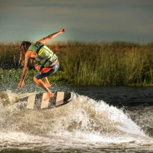 hyperlite-byerly-action-wakesurf-board-2020-2_1_