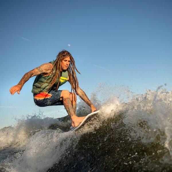 hyperlite-byerly-action-wakesurf-board-2020-3_1_