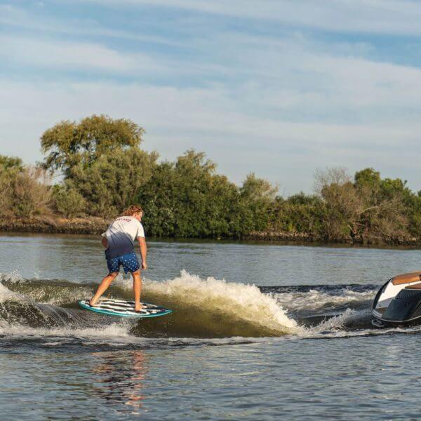 hyperlite-hi-fi-wakesurf-board-2020-7